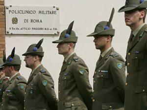 Obbligo di servizio militare per tutti per 8 mesi, la proposta della Lega Nord