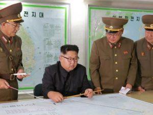 """Corea del Nord minaccia USA: """"Missile sul Giappone solo l'inizio, ora puntiamo su Guam"""""""