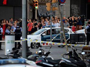 Furgone sulla folla a Barcellona: dai separatisti all'Isis, la mappa del terrore in Spagna