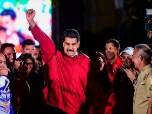 Venezuela, Maduro pronto a moltiplicare di 34 volte lo stipendio minimo dei lavoratori