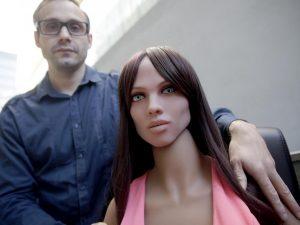 austria i visitatori la molestano bambola robot del