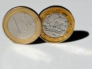 Carta docente, attivo dal 14 settembre il bonus di 500 euro per gli insegnanti