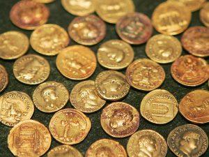 Pompei, scoperta moneta che cambia la storia dell'eruzione del Vesuvio