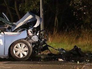 Ravenna, la volante si schianta, morti due poliziotti: addio a Nicoletta e Pietro. C'è un video