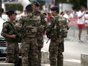 """Morto in Francia un soldato italiano di 24 anni: """"Si è suicidato"""""""