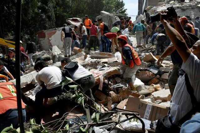 Molti edifici crollati, collassata anche una chiesa