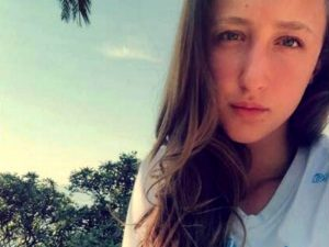 Genova, drammatico schianto in scooter: muore la pallavolista 17enne Giorgia Longo