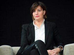 """Lara Comi """"refrattaria al rispetto delle regole"""": e dopo i d"""