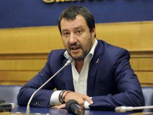 """Si vota per i fondi ai terremotati, Salvini non c'è. Pd attacca: """"È senza vergogna"""""""
