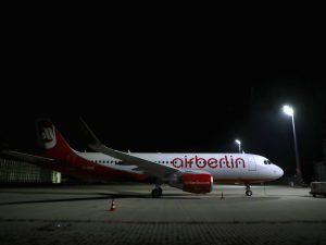 Airberlin, sciopero improvviso dei piloti: decine di voli cancellati