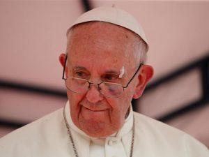 Quello che (anche) papa Francesco si dimentica di dire sui migranti