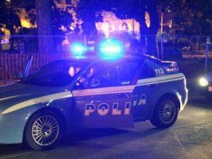 Ladro in fuga si getta nell'Arno: poliziotto e pallanuotista