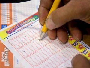 Estrazioni Lotto e Superenalotto giovedì 14 novembre: tutte
