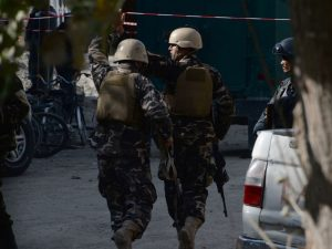 Strage in Afghanistan, attacchi kamikaze contro due moschee: oltre 70 morti
