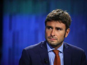 """Di Battista difende Casalino: """"Se i tecnici del Mef ci ostacolano vanno cacciati"""""""