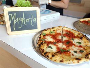 Pagati per mangiare la pizza, un ristorante cerca candidati: Stipendio competitivo
