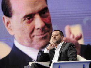 """Salvini a Berlusconi: """"Firmiamo dal notaio un patto anti-inciucio col Pd e per liste pulite"""""""