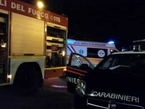 Ravenna, schianto frontale tra tir e furgone: due morti, la causa forse è un colpo di sonno