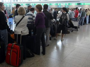 Il comandante dell'aereo è ubriaco: volo da Tirana a Bologna