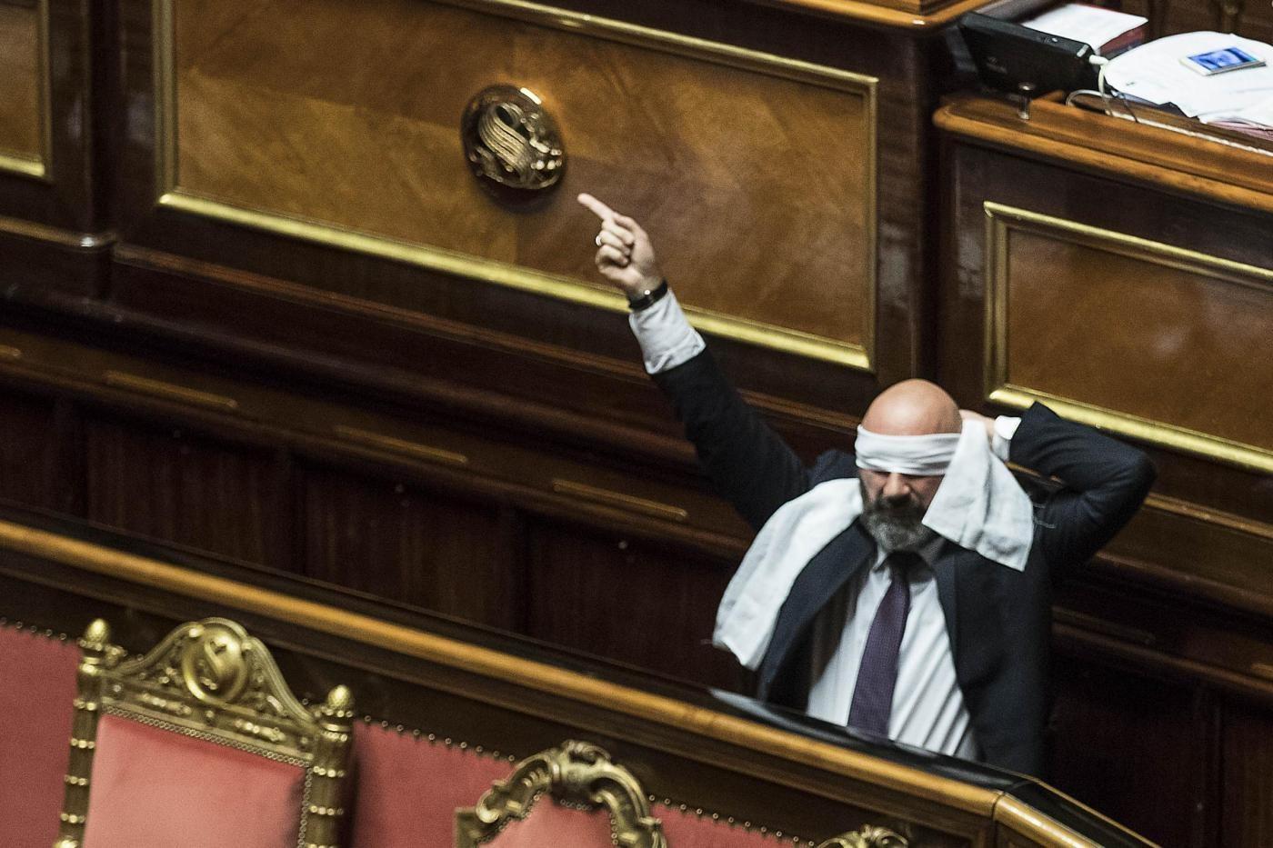 Rosatellum bis il governo incassa la fiducia al senato for Discussione al senato oggi