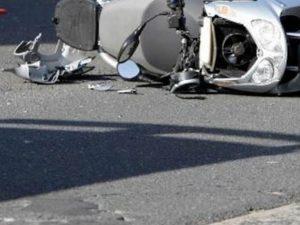 Filma in diretta Facebook l'agonia di un 24enne caduto dal motorino, 29enne sotto inchiesta