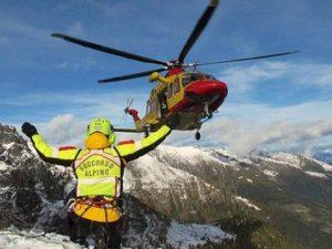 Dolomiti: un alpinista morto e uno gravemente ferito sul Monte Agner