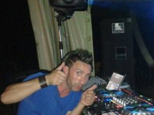 Incidente stradale nella notte a Selinunte, muore deejay di 34 anni