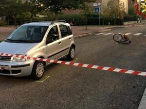 Bologna, bimbo di 11 anni travolto da un'auto mentre era in bici: è gravissimo