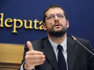 """Coronavirus    l'appello di Romano Pd a Di Maio    """"Rimpatriamo subito italiani su Diamond"""