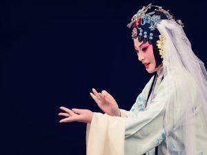 Teatro San Carlo di Napoli, l'opera cinese porta in scena il 'Padiglione delle peonie'
