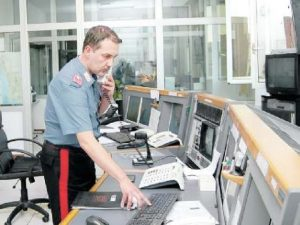 Bimba soffocata da una caramella: salvata dal carabiniere al telefono