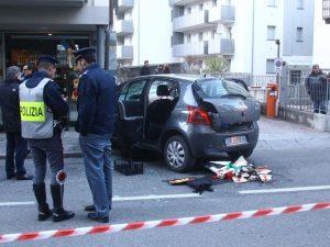 Sondrio, auto travolge passanti tra i mercatini di Natale. Esclusa pista terroristica