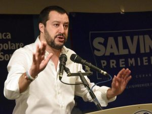"""Salvini: """"La priorità non è il taglio dei vitalizi, l'emerge"""