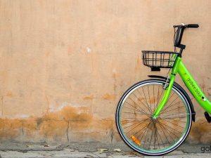 Troppi casi di vandalismo: azienda di Bike Sharing lascia lItalia. Impossibile lavorare