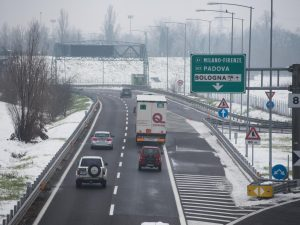 """Stop alla norma """"ponte"""" sulle concessioni autostradali scadu"""