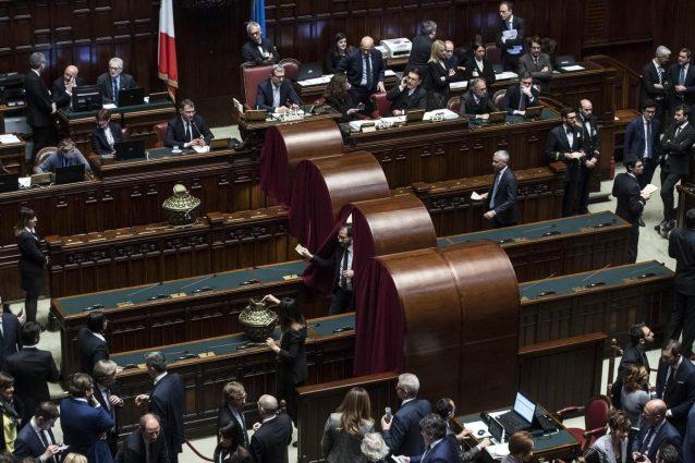 Caos presidenze lega vota bernini al senato ma lei for Camera deputati live