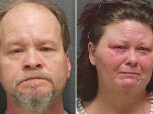 Abusi sessuali sui tre figli minorenni e sul cane di famiglia |  coppia arrestata