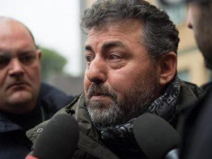 Rigopiano, portò fiori sul luogo della tragedia per il figlio morto: Alessio Feniello a processo