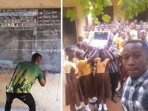 Il prof usa la lavagna per insegnare Word    per la scuola arriva finalmente un computer
