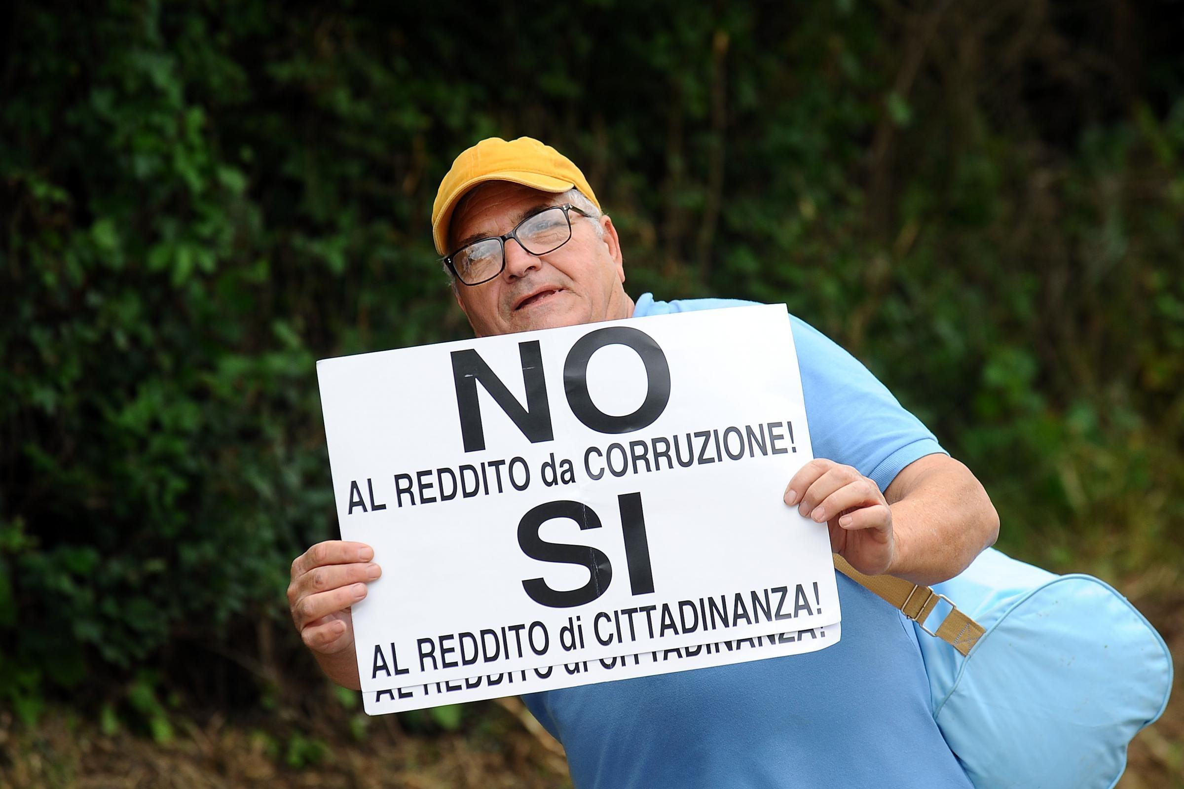 C 39 un comune in cui dopo la vittoria m5s i cittadini sono for Cittadinanza italiana tempi di attesa 2018
