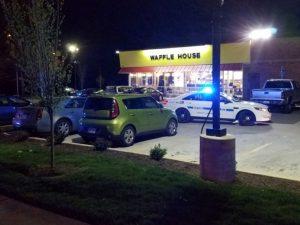 Usa, 3 morti e quattro feriti in una sparatoria a Nashville: