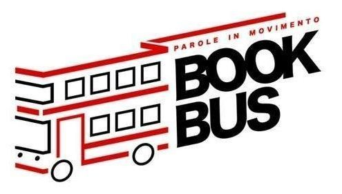 "Il logo del progetto ""Parole in Movimento"" (https://www.facebook.com/thebestbookbus/)"