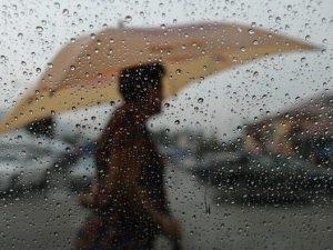Meteo, cede l'anticiclone: weekend con maltempo su molte reg