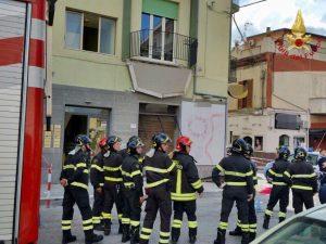 Catanzaro |  crolla un balcone |  5 ragazzi precipitano per quattro metri