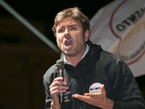 """Di Battista contro Mattarella: """"Inaccettabile veto su Savona"""