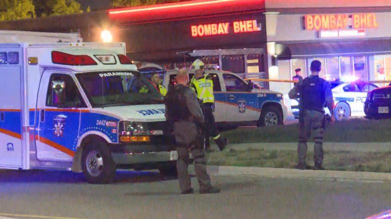 Canada, bomba in un ristorante indiano: quindici feriti. Due attentatori in fuga