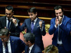 E intanto Salvini si sta mangiando il M5S