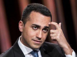 """Di Maio: """"Attingiamo a un po' di deficit per mantenere tutte"""