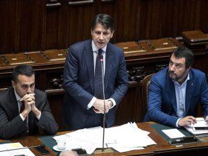 """Manovra, vertice a Palazzo Chigi: """"Lavoriamo per stabilità dei conti e riduzione debito"""""""