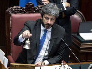 """Fico rimprovera un deputato di FdI e difende i migranti: """"No"""